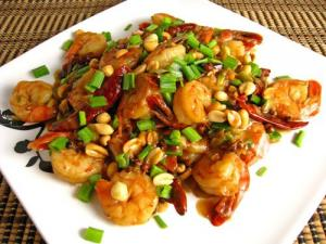 Shrimp Kung Pao on Serving Plate 500