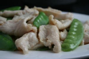 chicken-snow pea